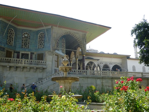 20 palace garden